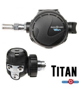 TITAN Aqua Lung